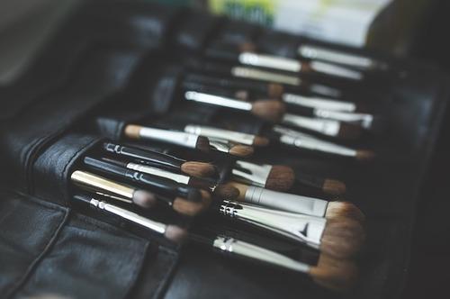 brush-791305_640.jpg