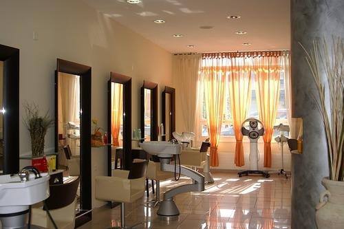 hairdresser-606617_640.jpg