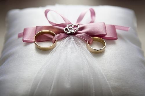 wedding-688924_640 (2).jpg